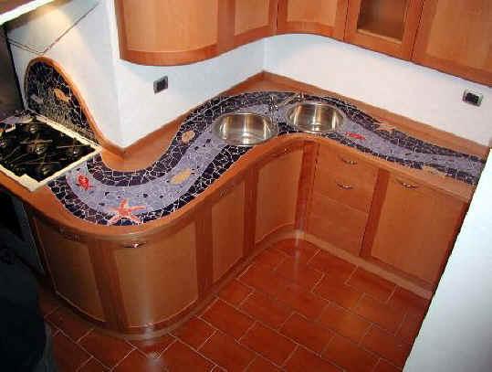 Altre creazioni for Piastrelle cucina colorate